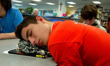 Les performances scolaires s'améliorent lorsque les adolescents dorment plus longtemps
