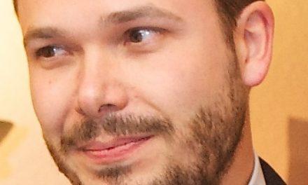 Joël Billieux reçoit le prix de la francophonie pour Jeunes Chercheurs