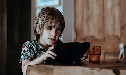 Lien entre confiance intra-familiale et addiction aux jeux sur Internet