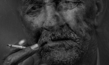 Fumer augmente les symptômes psychiatriques