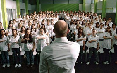 """Cinépsy : Les expériences psychologiques dans le film """"Die Welle"""""""