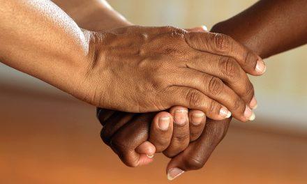 De la PRESTATION d'un service à l'ETRE DE SERVICE: les progrès des soins centrés sur la personne en santé mentale