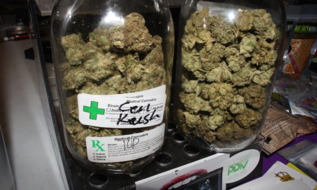 Parler bien du cannabis médical pour changer les attitudes concernant le cannabis récréatif ?